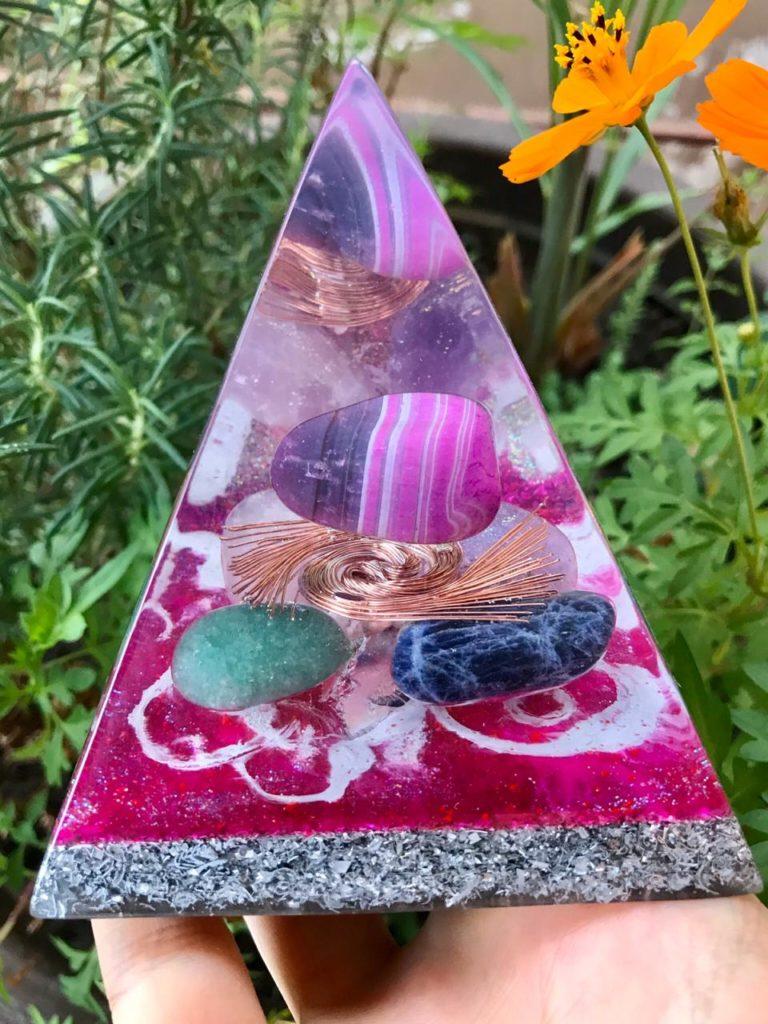 piramide orgonite agata listrada 2
